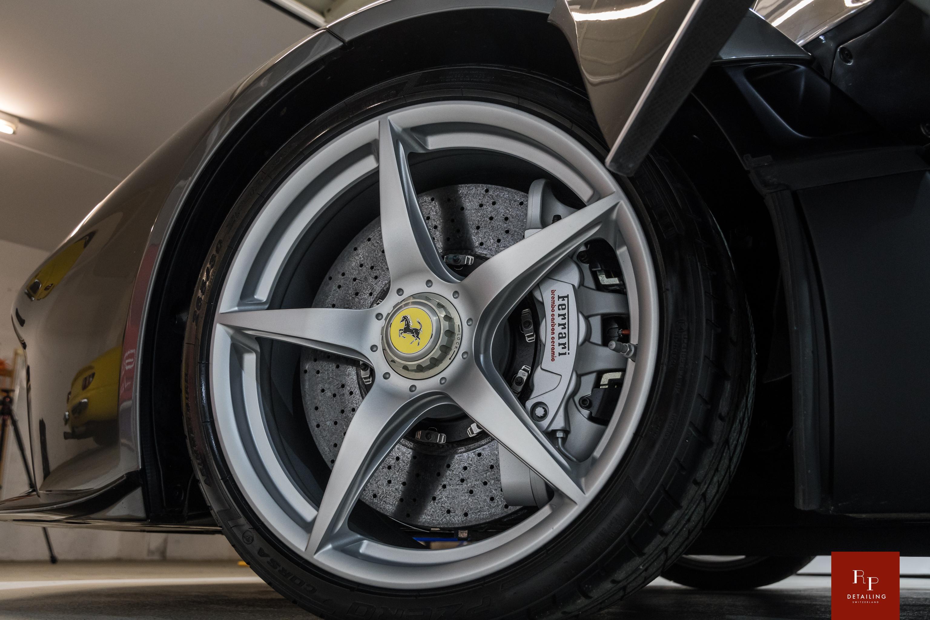 Ferrari%20LaFerrari%20Aperta%20RP%20Deta